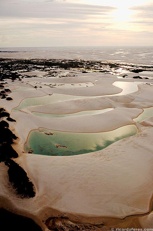 De baixo para cima: lagoa Preguiça, Esmeralda e Azul