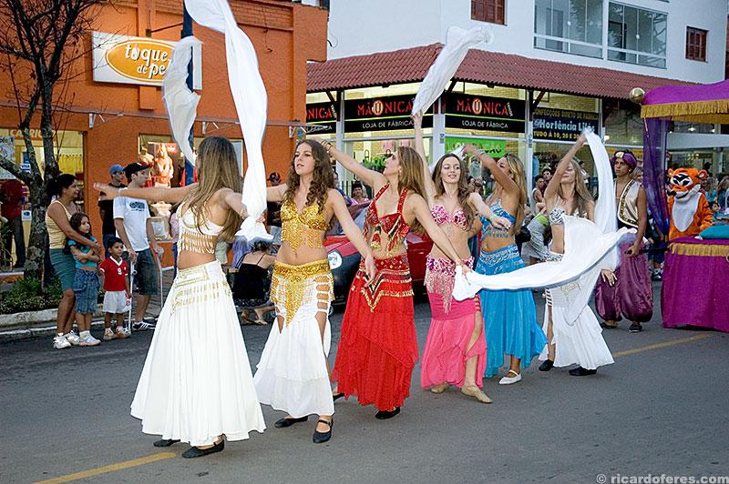 Desfile durante a ChocoFest