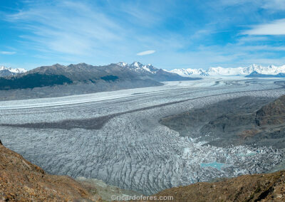Campo de Gelo Continental Sul visto na Vuelta al Huemul. Parque Nacional Los Glaciares, El Chaltén, Argentina. Foto com 61 cm x 31 cm.
