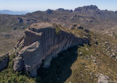 Foto aérea do Morro do Couto